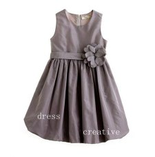 Flower girl dress, by DressCreative on etsy.com