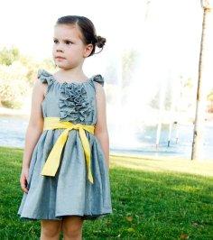Flower girl dress, by jmarket on etsy.com