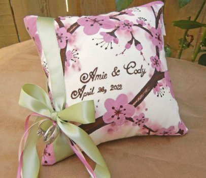 Personalised ring pillow, by Derilyn on etsy.com