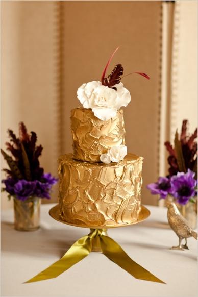 Wedding cake {via lover.ly}