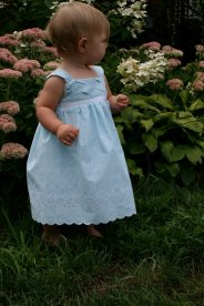 Flower girl dress (up to size 3), by TinyFingers on etsy.com