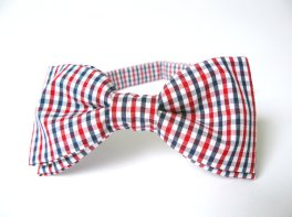 Bow tie, by BartekDesign on etsy.com