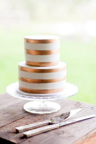 Copper wedding cake {via burnettsboards.com}