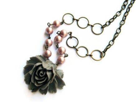 Necklace, by ArtsyLadyVintage on etsy.com