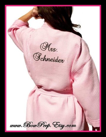 Personalised robe, by bowpeep on etsy.com