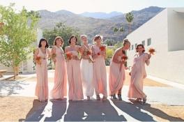 Bridesmaids in peach {via weddinggirl.ca}
