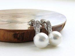 Earrings, by soradesigns on etsy.com