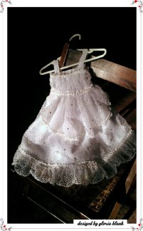Flower girl dress, by everythingbutheshoes on etsy.com