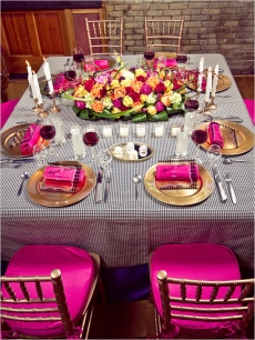 Fuchsia and gold reception {via weddingchicks.com}