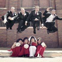 Great jumping photo idea