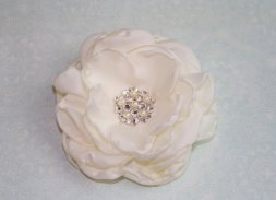 Hair accessory, by pureblooms on etsy.com