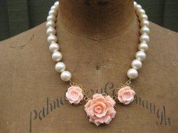Necklace, by bellebibelot on etsy.com