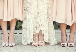 Peaches and cream dresses and heels {via vintagetearoses.com}