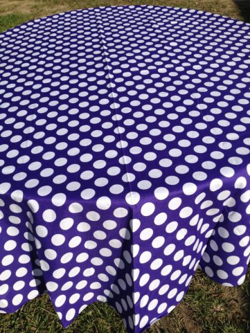 Table cloth, by NanNanMarie on etsy.com