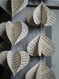 Jane Austen novel garland, by MaisyandAlice on etsy.com