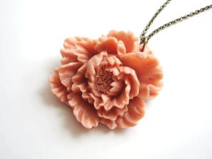 Peony necklace, by hydrangeablush on etsy.com