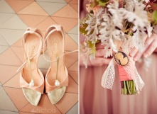 1950s heels and bouquet inspiration {via milakein.blogspot.com
