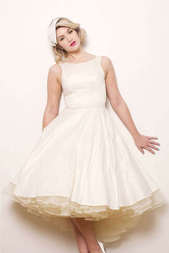 1950s style wedding the merry bride for Wedding dresses 1950s style