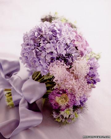 Bouquet inspiration {via marthastewartweddings.com}