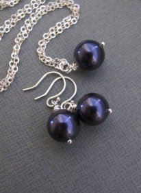 Bridesmaid earrings and necklace set, by RoyalGoldGifts on etsy.com
