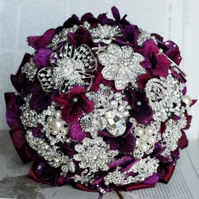 Brooch bouquet, by LXdesigns on etsy.com