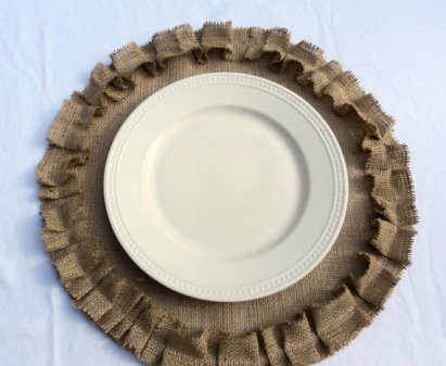 Burlap placemats, by theruffleddaisy on etsy.com