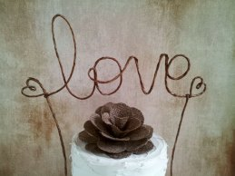 Cake topper, by AntoArts on etsy.com