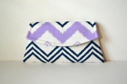 Clutch purse, by MSGFabriCreations on etsy.com