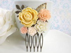 Hair comb, by AnnMichTreasureBox on etsy.com