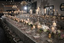 Luxe wedding reception {via onewed.com}