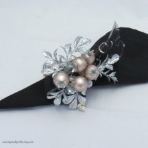 Napkin rings, by mymandycrafts on etsy.com