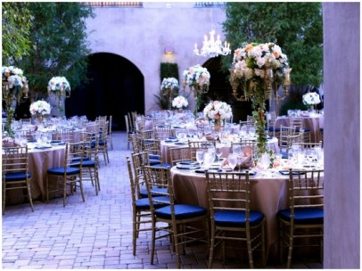 Navy and lilac wedding reception {via vivoevents.net}