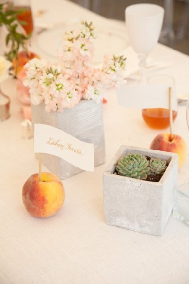 Peaches as placecard holders! {via societybride.com}