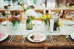 Table setting idea {via onewed.com}