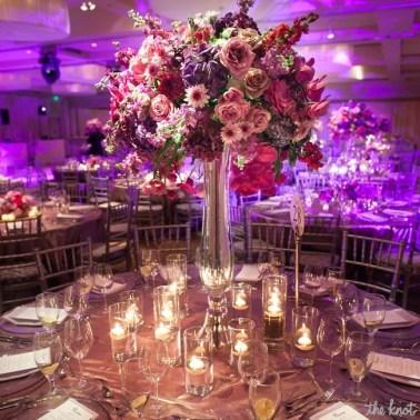 Table setting inspiration {via theknot.com}
