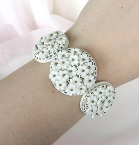 Vintage 1950s bracelet, by QueensCache on etsy.com