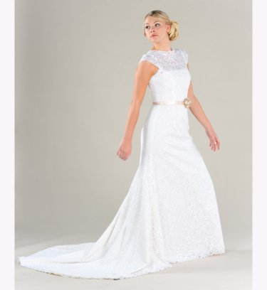 Wedding dress, by PureMagnoliaCouture on etsy.com