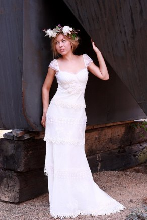 Wedding gown, by upoppy on etsy.com