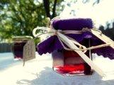 Wine jelly favours, by jkalanquin on etsy.com
