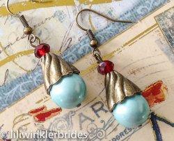 Earrings, by Liliwinklerbrides2 on etsy.com