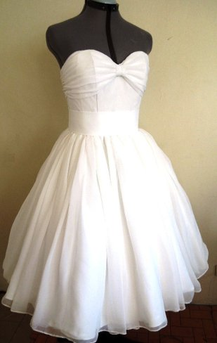 Wedding dress (US$285), by elegance50s on etsy.com