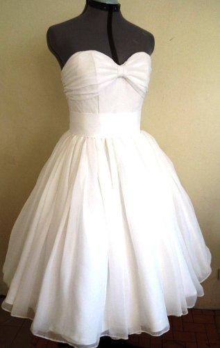 Wedding dress (US$285), by elegance50s on etsy.com