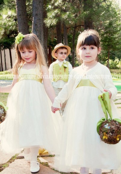 Flower girl dresses, by OliviaKateCouture on etsy.com