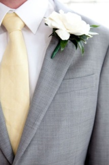 Groom style idea {via greenvillabarn.blogspot.com}