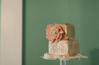 Rose-gold wedding cake {via ruffledblog.com}