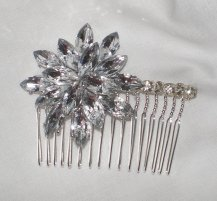 Bridal comb, by BittysJewelryAndMore on etsy.com