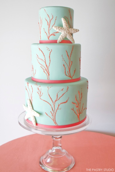 Coral and aqua beach wedding cake inspiration {via thecakeblog.com}