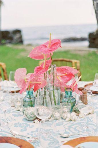 Coral and aqua beach wedding table setting idea {via followpics.net}