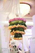 Flower chandelier! {via onewed.com}