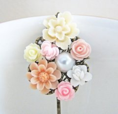 Hair pin, by Jewelsalem on etsy.com